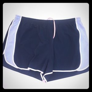Lucy Flex Athletic Shorts - SZ M VGUC lined